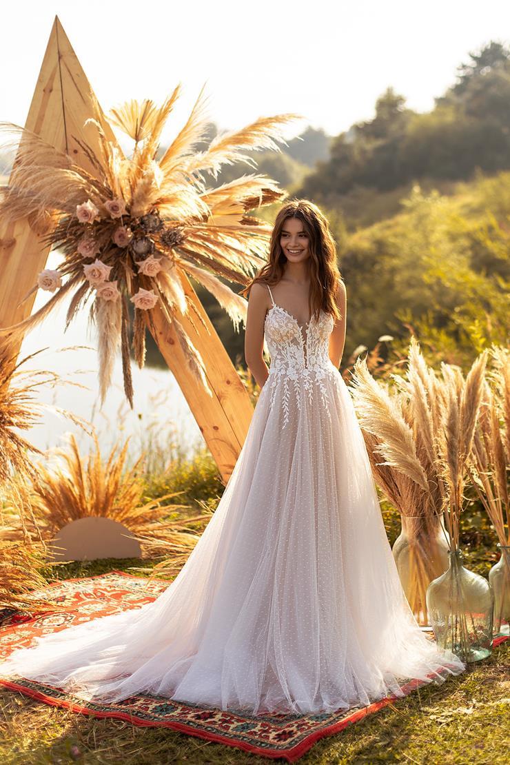 Aria Bride #Suzanne  Image
