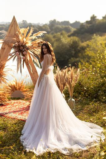 Aria Bride #Suzanne