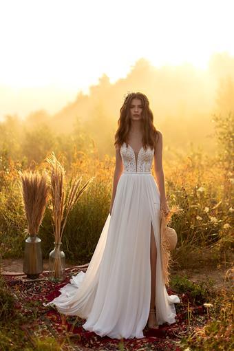 Aria Bride Valery