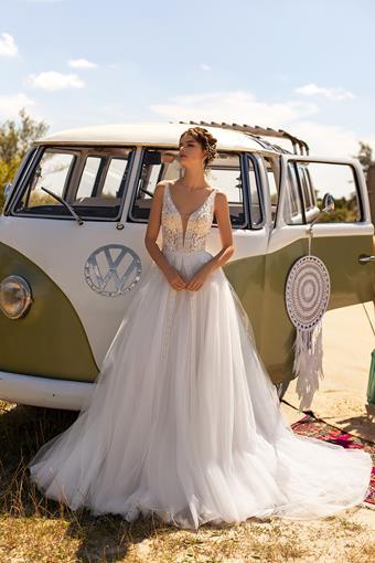 Aria Bride Style Vanessa