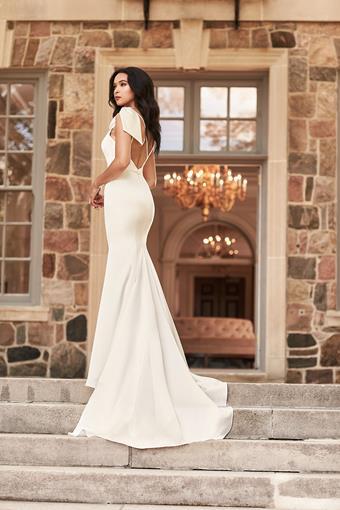 Paloma Blanca Style #4927