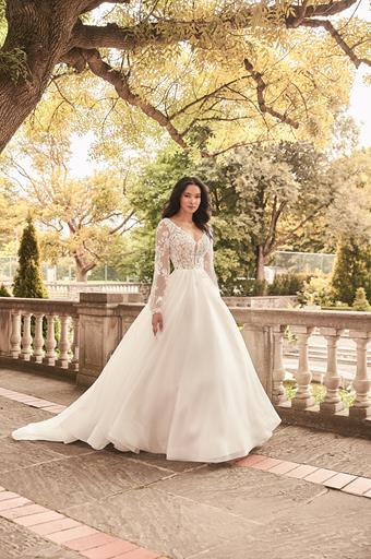 Paloma Blanca Style #4932
