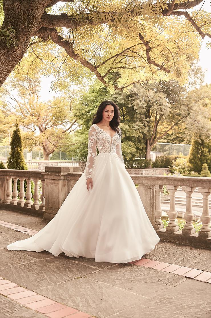 Paloma Blanca Style #4932 Image