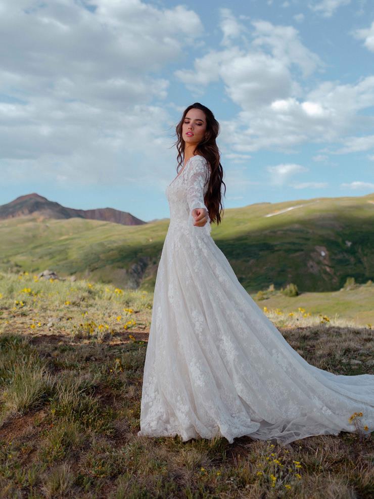 Wilderly Bride  Gwenyth