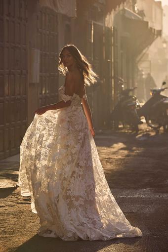 Madi Lane #Amelie