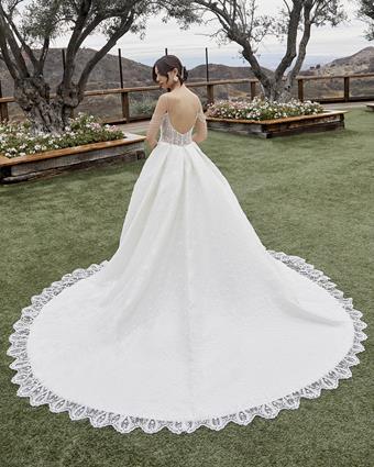 Casablanca Bridal Style No. 2432
