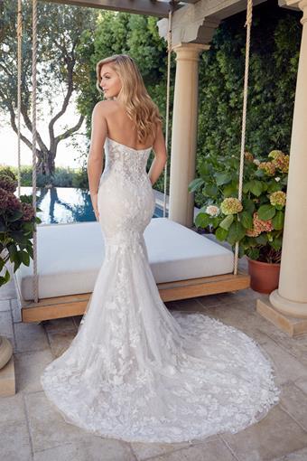 Casablanca Bridal Angelina