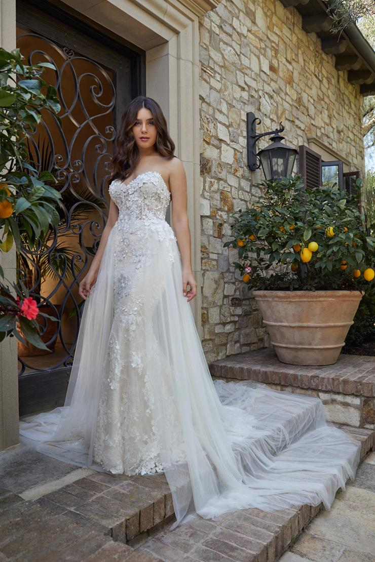 Casablanca Bridal Rebekah