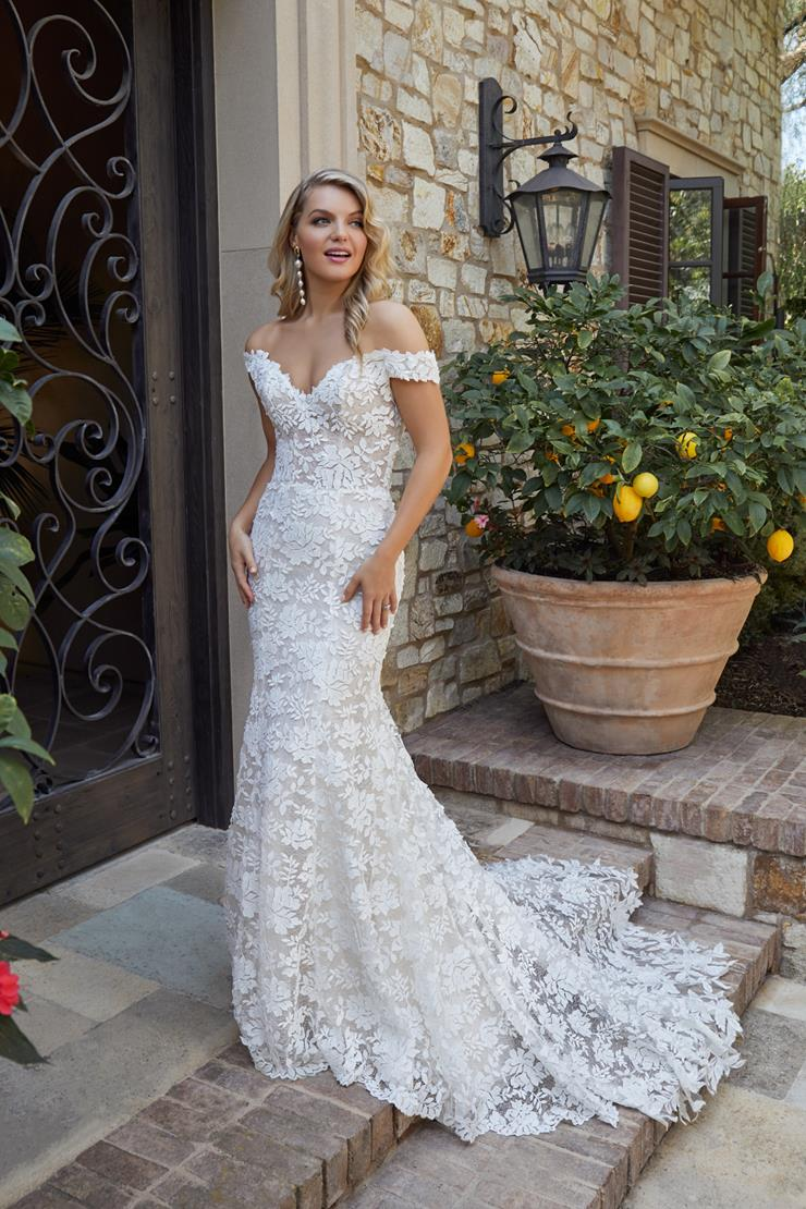 Casablanca Bridal Evelyn