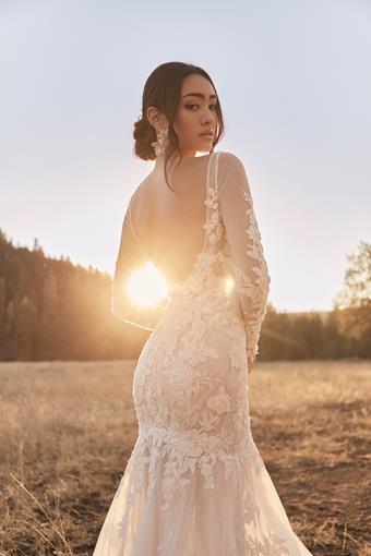 Tara Lauren Vesper