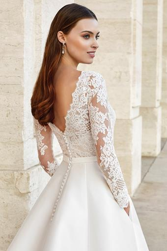 Adore by Justin Alexander Style #11149