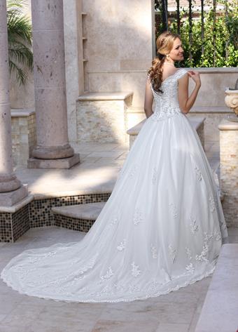Davinci Bridal Style #8009
