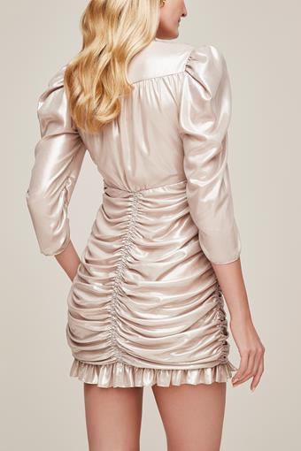 Little White Dress Style #Sparkling Champagne