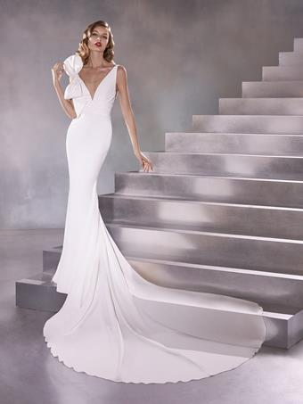 Pronovias Orbit