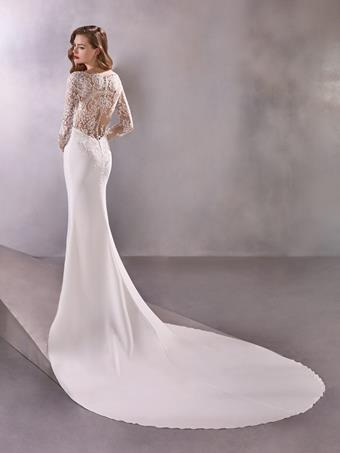 Pronovias Spacegirl