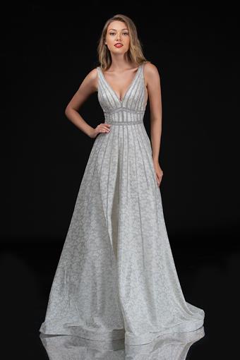 Nina Canacci Style #8185