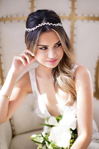 Brides and Hairpins Alegra Halo
