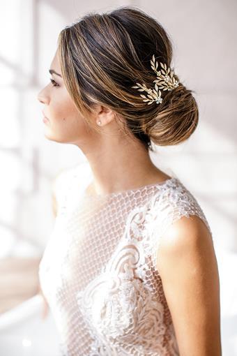 Brides and Hairpins CALVINA CLIPS