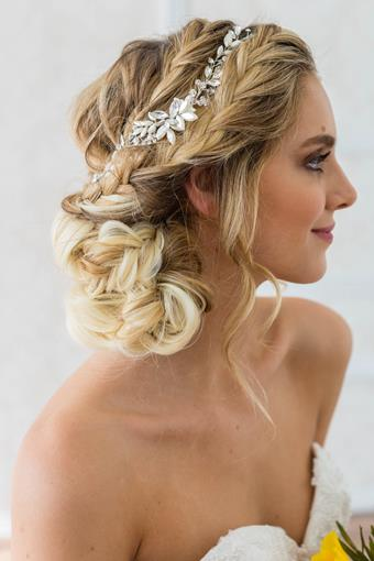 Brides and Hairpins RHEA HALO COMB
