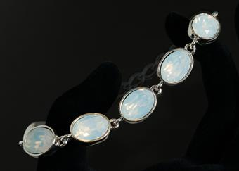 Style #RB23330099 White Opal Silver