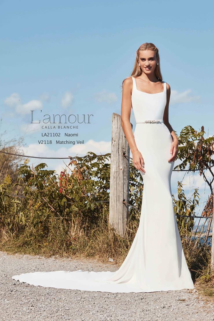 L'Amour by Calla Blanche Style No. LA21102