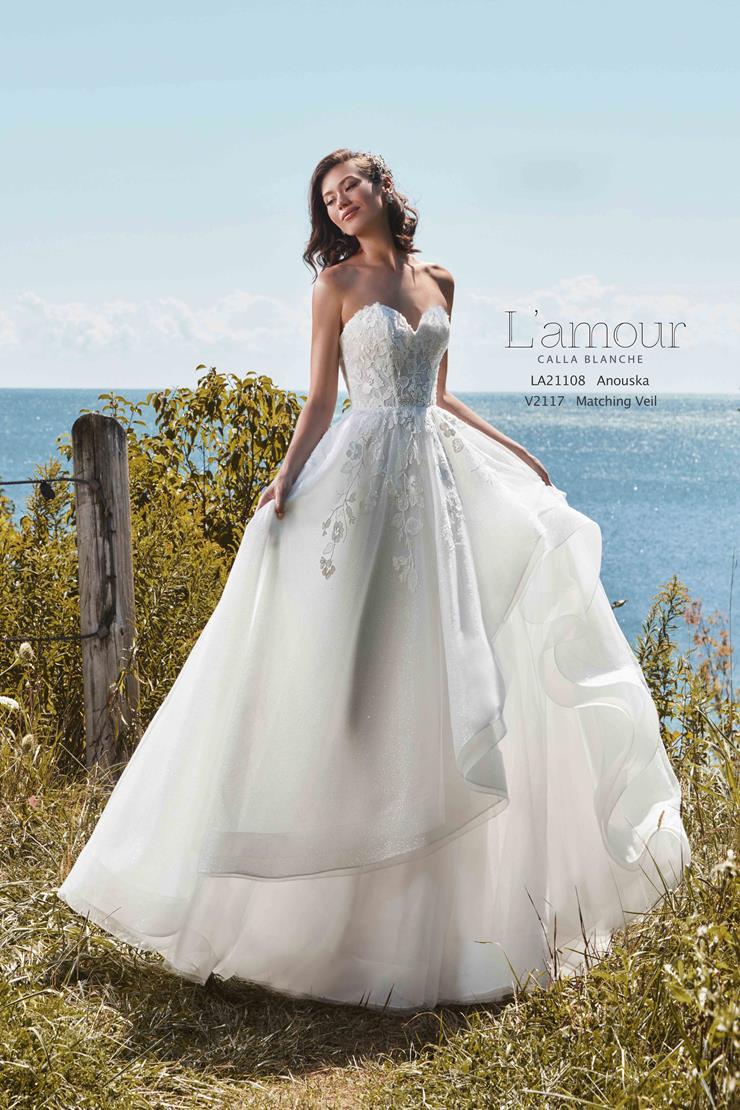 L'Amour by Calla Blanche Style No. LA21108