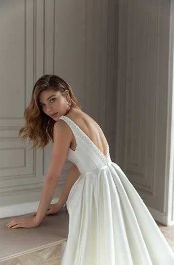 Eva Lendel Style #Estelle