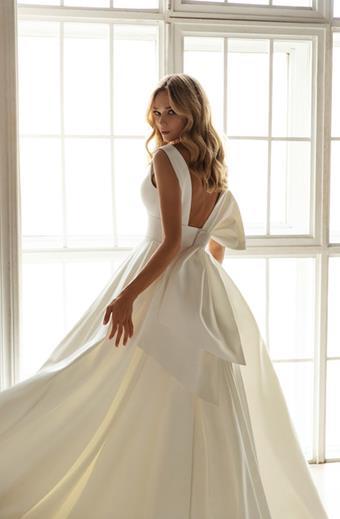 Eva Lendel Style #Valery11