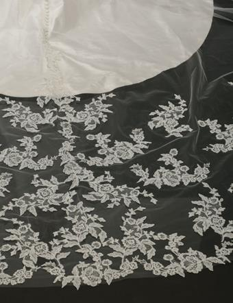 Bel Aire Bridal Style #V7262C