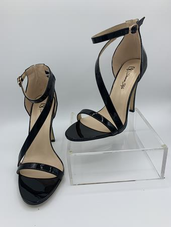 Diverse Style by Sydni Dion Style No. Crossover Ankle Strap