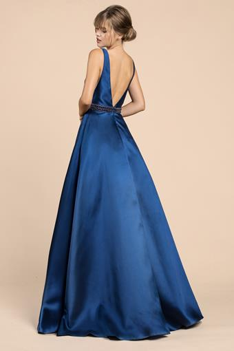 A&L Couture Style: A0200