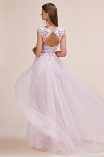 A&L Couture Style: A0687