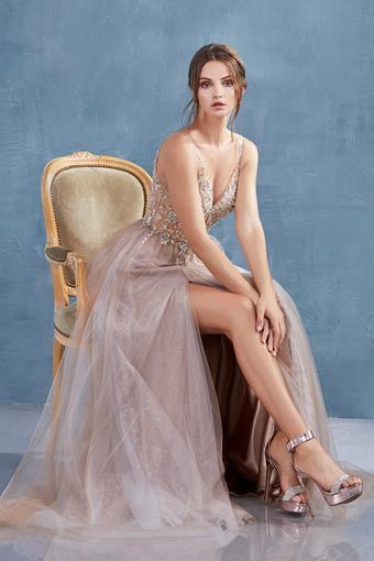 Andrea & Leo Couture A1009