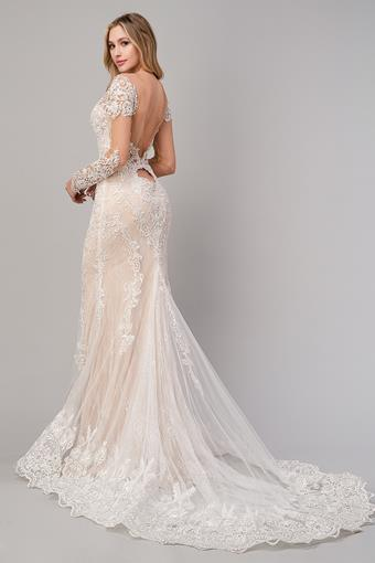 Andrea & Leo Couture Style: A1022