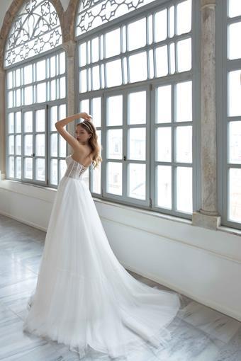 Daria Karlozi Style #Light