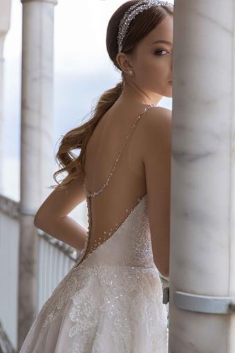 Daria Karlozi Style #Shimmer