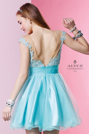 Alyce Paris 1054