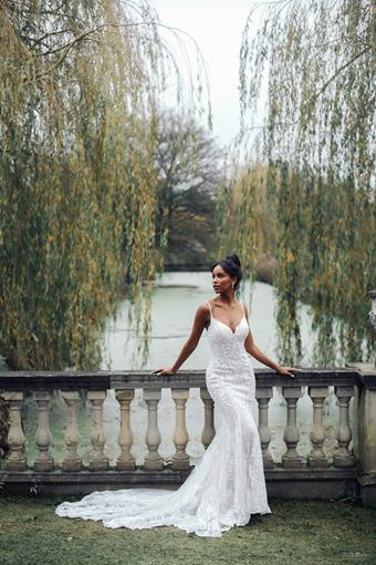 Disney Fairy Tale Weddings Style D288
