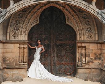 Disney Fairy Tale Weddings Style #D294