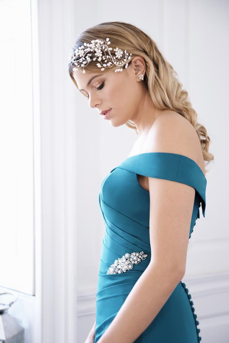 Luna By True Bride Style #Luna-Saylor Image