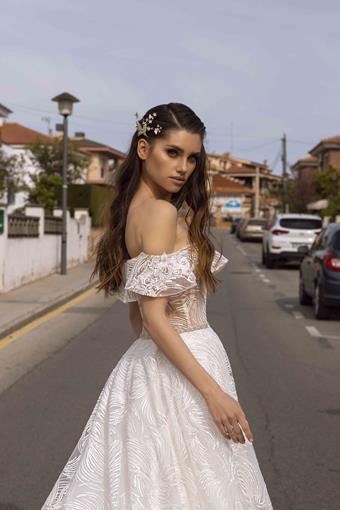 Tina Valerdi Nicki