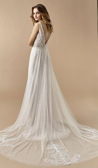 Beautiful by Enzoani Ivy