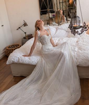 Neta Dover Bridal Couture Style #Fleurine