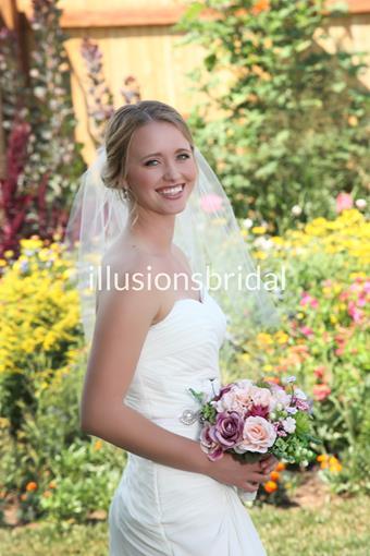 Illusions Bridal Veils Style #25CT