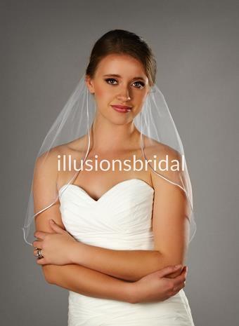 Illusions Bridal Veils Style #25RT