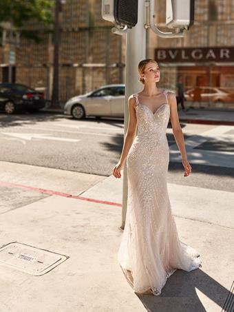 Val Stefani Style No. D8228