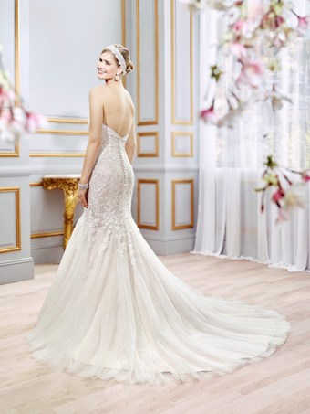 Moonlight Bridal J6399