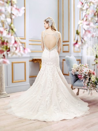 Moonlight Bridal J6402