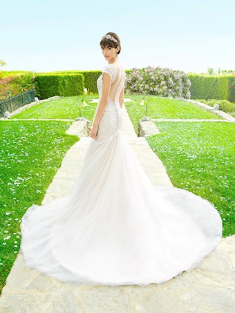 Moonlight Bridal J6507