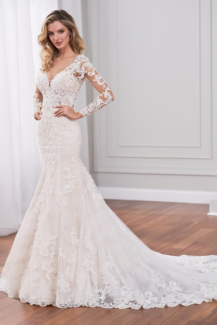 Florent Vintage-inspired lace applique fit and flare wedding dress with illusion sleeves